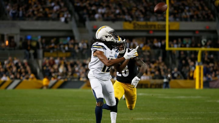 PITTSBURGH, PA – DECEMBER 02: Travis Benjamin #12 of the Los Angeles Chargers catches a pass for a 46 yard touchdown reception in the first quarter during the game against the Pittsburgh Steelers at Heinz Field on December 2, 2018 in Pittsburgh, Pennsylvania. (Photo by Justin K. Aller/Getty Images)