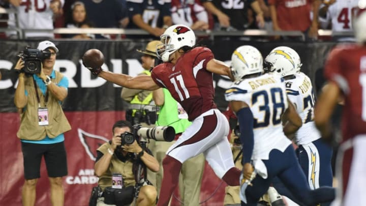 GLENDALE, AZ - SEPTEMBER 08: Larry Fitzgerald #11 of the Arizona Cardinals makes a one handed catch out of bounds against the San Diego Chargers at University of Phoenix Stadium on September 8, 2014 in Glendale, Arizona. Arizona won 18-17. (Photo by Norm Hall/Getty Images)