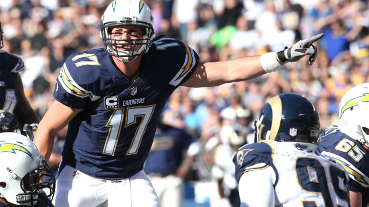 SAN DIEGO, CA – NOVEMBER 23: Quarterback Philip Rivers #17 of the San Diego Chargers signals at the line of scrimmage in the game against the St. Louis Rams at Qualcomm Stadium on November 23, 2014 in San Diego, California. (Photo by Stephen Dunn/Getty Images)