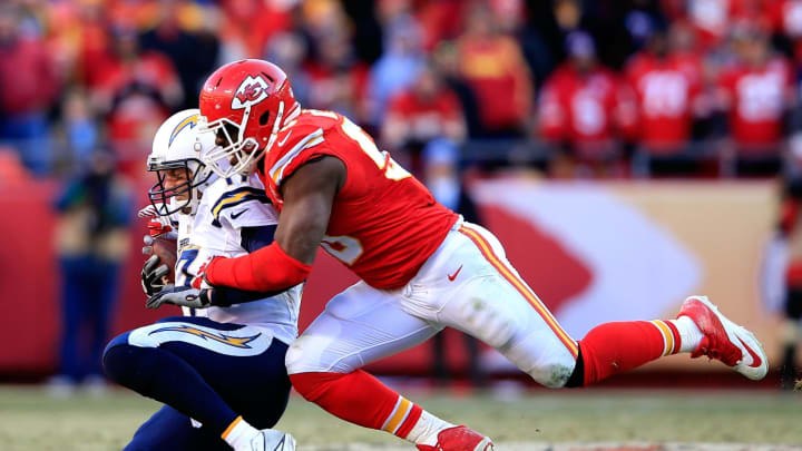 KANSAS CITY, MO – DECEMBER 28: Outside linebacker Justin Houston #50 of the Kansas City Chiefs sacks quarterback Philip Rivers #17 of the San Diego Chargers during the second half of the game at Arrowhead Stadium on December 28, 2014 in Kansas City, Missouri. (Photo by Jamie Squire/Getty Images)