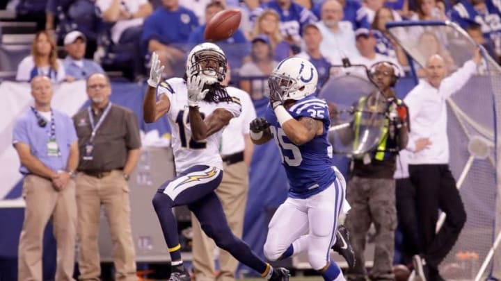 INDIANAPOLIS, IN - SEPTEMBER 25: Travis Benjamin #12 of the San Diego Chargers catches the ball during the game against the Indianapolis Colts at Lucas Oil Stadium on September 25, 2016 in Indianapolis, Indiana. (Photo by Andy Lyons/Getty Images)