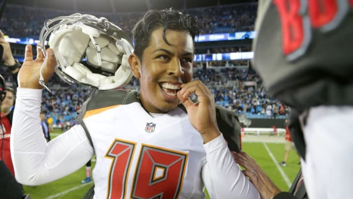 CHARLOTTE, NC - OCTOBER 10: Roberto Aguayo #19 of the Tampa Bay Buccaneers celebrates after his game winning field goal against the Carolina Panthers to win 17-14 at Bank of America Stadium on October 10, 2016 in Charlotte, North Carolina. (Photo by Streeter Lecka/Getty Images)
