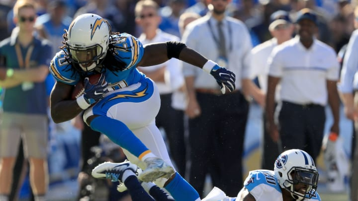 SAN DIEGO, CA – NOVEMBER 06: Melvin Gordon #28 of the San Diego Chargers runs past Perrish Cox #20 of the Tennessee Titans in the first half at Qualcomm Stadium on November 6, 2016 in San Diego, California. (Photo by Sean M. Haffey/Getty Images)