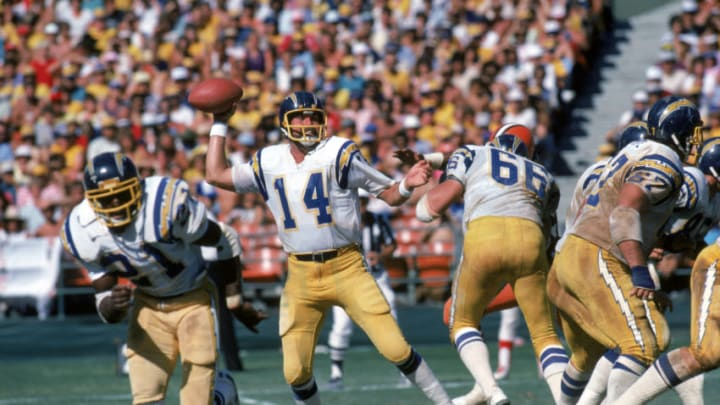 SAN DIEGO - SEPTEMBER 25: Quarterback Dan Fouts #14 of the San Diego Chargers sets to pass during a game against the Cleveland Browns at Jack Murphy Stadium on September 25, 1983 in San Diego, California. The Browns won 30-24. (Photo by George Rose/Getty Images)