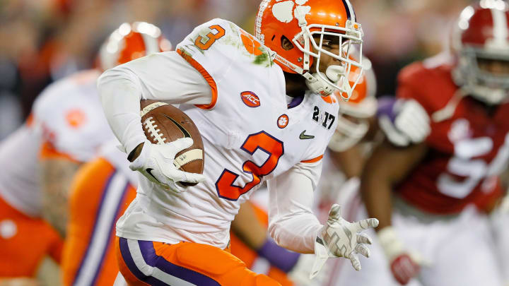 TAMPA, FL – JANUARY 09: Wide receiver Artavis Scott #3 of the Clemson Tigers runs with the ball during the first half against the Alabama Crimson Tide in the 2017 College Football Playoff National Championship Game at Raymond James Stadium on January 9, 2017 in Tampa, Florida. (Photo by Kevin C. Cox/Getty Images)