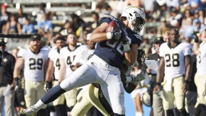 CARSON, CA – AUGUST 20: Tight end Hunter Henry