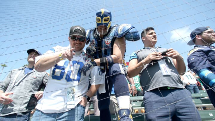 CARSON, CA - OCTOBER 01: Los Angeles Chargers fans are seen before the game against the Philadelphia Eagles at the StubHub Center on October 1, 2017 in Carson, California. (Photo by Stephen Dunn/Getty Images)