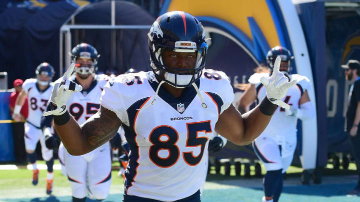 CARSON, CA - OCTOBER 22: Virgil Green #85 of the Denver Broncos takes the field prior to the game against the Los Angeles Chargers at the StubHub Center on October 22, 2017 in Carson, California. (Photo by Harry How/Getty Images)