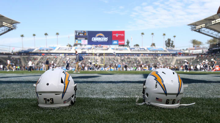 (Photo by Stephen Dunn/Getty Images) – LA Chargers