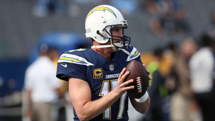 CARSON, CA – DECEMBER 31: Philip Rivers #17 of the Los Angeles Chargers warms up prior to the game against the Oakland Raiders at StubHub Center on December 31, 2017 in Carson, California. (Photo by Stephen Dunn/Getty Images)