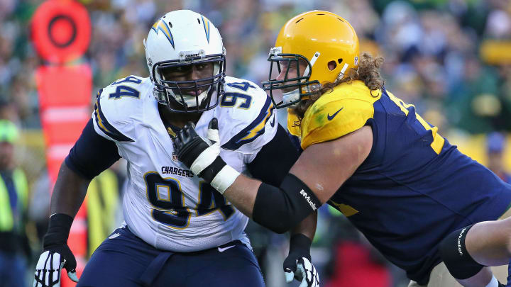 GREEN BAY, WI – OCTOBER 18: Corey Liuget #94 of the San Diego Chargers rushes against Josh Sitton #71 of the Green Bay Packers at Lambeau Field on October 18, 2015 in Green Bay, Wisconsin. The Packers defeated the Chargers 27-20. (Photo by Jonathan Daniel/Getty Images)