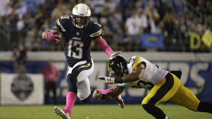 SAN DIEGO, CA – OCTOBER 12: Wide receiver Keenan Allen #13 of the San Diego Chargers is pursued by free safety Mike Mitchell #23 of the Pittsburgh Steelers at Qualcomm Stadium on October 12, 2015 in San Diego, California. (Photo by Jeff Gross/Getty Images)