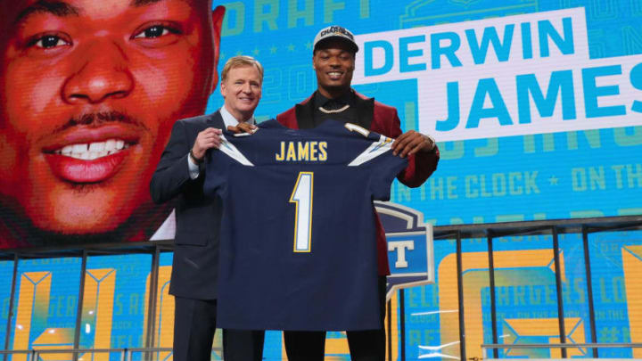 ARLINGTON, TX - APRIL 26: Derwin James of FSU poses with NFL Commissioner Roger Goodell after being picked #17 overall by the Los Angeles Chargers during the first round of the 2018 NFL Draft at AT&T Stadium on April 26, 2018 in Arlington, Texas. (Photo by Tom Pennington/Getty Images)