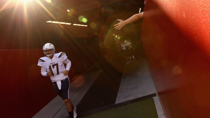 SANTA CLARA, CA – AUGUST 30: Philip Rivers #17 of the Los Angeles Chargers takes the field for warm ups before their preseason game against the San Francisco 49ers at Levi's Stadium on August 30, 2018 in Santa Clara, California. (Photo by Ezra Shaw/Getty Images)