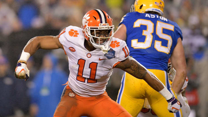 CHARLOTTE, NC – DECEMBER 01: Isaiah Simmons #11 of the Clemson Tigers reacts against the Pittsburgh Panthers in the second quarter during their game at Bank of America Stadium on December 1, 2018, in Charlotte, North Carolina. (Photo by Grant Halverson/Getty Images)