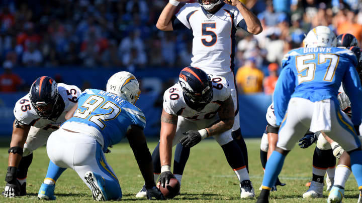 CARSON, CALIFORNIA – OCTOBER 06: Joe Flacco #5 of the Denver Broncos signals a play during the fourth quarter in a 20-13 Broncos win over the Los Angeles Chargers at Dignity Health Sports Park on October 06, 2019 in Carson, California. (Photo by Harry How/Getty Images)