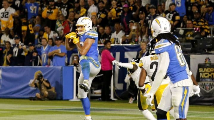 CARSON, CALIFORNIA - OCTOBER 13: Tight end Hunter Henry #86 of the Los Angeles Chargers catches the ball for a touchdown in the fourth quarter against the Pittsburgh Steelers at Dignity Health Sports Park on October 13, 2019 in Carson, California. (Photo by Katharine Lotze/Getty Images)