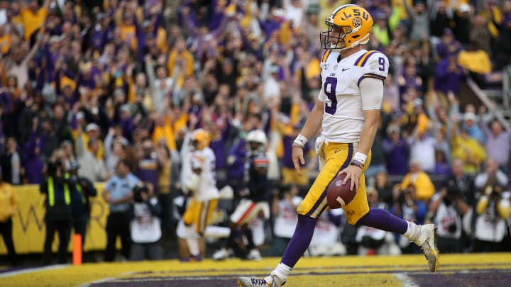 BATON ROUGE, LOUISIANA – OCTOBER 26: Quarterback Joe Burrow #9 of the LSU Tigers in action against the Auburn Tigers at Tiger Stadium on October 26, 2019, in Baton Rouge, Louisiana. (Photo by Chris Graythen/Getty Images)
