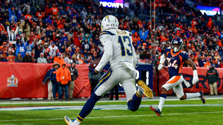 (Photo by Dustin Bradford/Getty Images) – LA Chargers