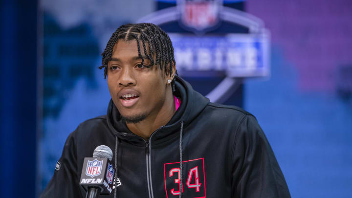 INDIANAPOLIS, IN – FEBRUARY 27: Isaiah Simmons #LB34 of the Clemson Tigers speaks to the media on day three of the NFL Combine at Lucas Oil Stadium on February 27, 2020 in Indianapolis, Indiana. (Photo by Michael Hickey/Getty Images)