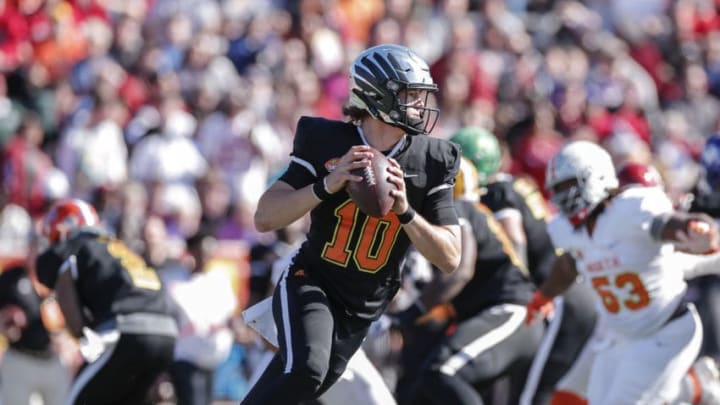 MOBILE, AL - JANUARY 25: Quarterback Justin Herbert #10 from Oregon of the South Team on a pass play during the 2020 Resse's Senior Bowl at Ladd-Peebles Stadium on January 25, 2020 in Mobile, Alabama. The Noth Team defeated the South Team 34 to 17. (Photo by Don Juan Moore/Getty Images)