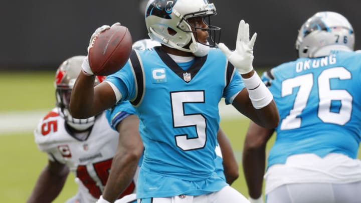 TAMPA, FLORIDA - SEPTEMBER 20: Teddy Bridgewater #5 of the Carolina Panthers looks to pass during the first half against the Tampa Bay Buccaneers at Raymond James Stadium on September 20, 2020 in Tampa, Florida. (Photo by Mike Ehrmann/Getty Images)