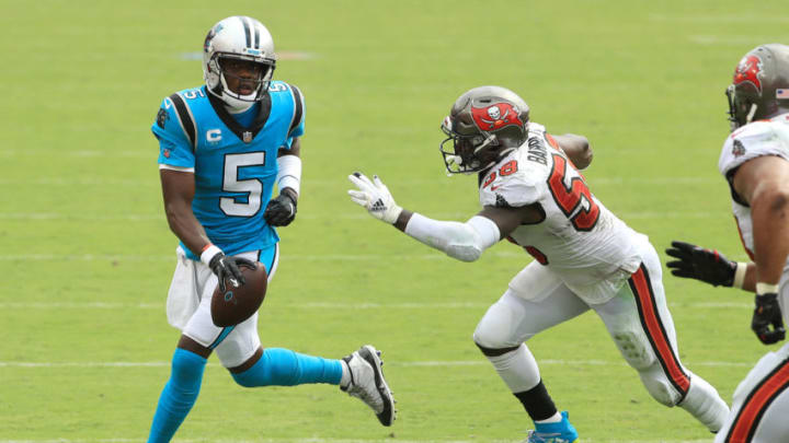 TAMPA, FLORIDA - SEPTEMBER 20: Shaquil Barrett #58 of the Tampa Bay Buccaneers chases Teddy Bridgewater #5 of the Carolina Panthers during the second half at Raymond James Stadium on September 20, 2020 in Tampa, Florida. (Photo by Mike Ehrmann/Getty Images)