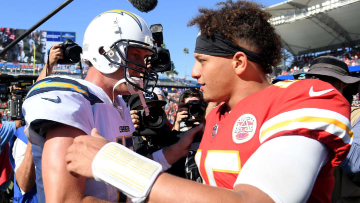 Patrick Mahomes #15 of the Kansas City Chiefs and Philip Rivers #17 of the Los Angeles Chargers (Photo by Harry How/Getty Images)