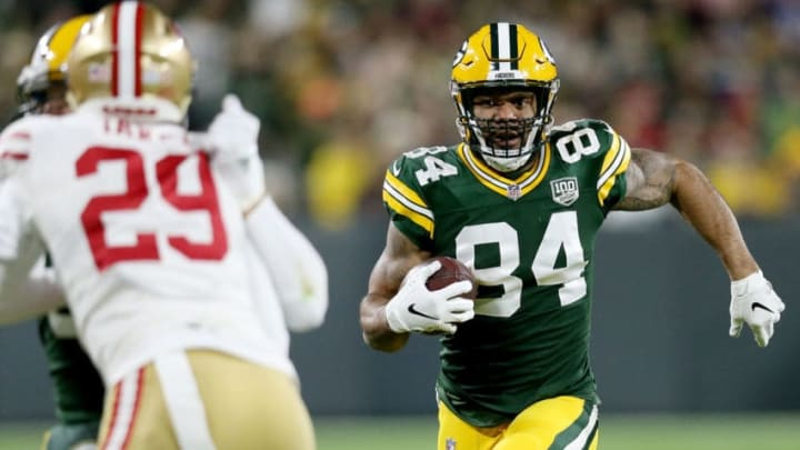 GREEN BAY, WI - OCTOBER 15: Lance Kendricks #84 of the Green Bay Packers runs with the ball in the first quarter against the San Francisco 49ers at Lambeau Field on October 15, 2018 in Green Bay, Wisconsin. (Photo by Dylan Buell/Getty Images)