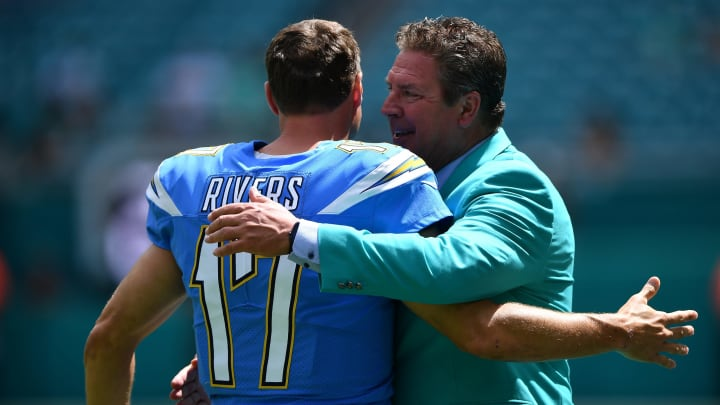 MIAMI, FLORIDA – SEPTEMBER 29: Philip Rivers #17 of the Los Angeles Chargers greets Dan Marino on the sideline prior to the game between the Miami Dolphins and the Los Angeles Chargers at Hard Rock Stadium on September 29, 2019 in Miami, Florida. (Photo by Mark Brown/Getty Images)