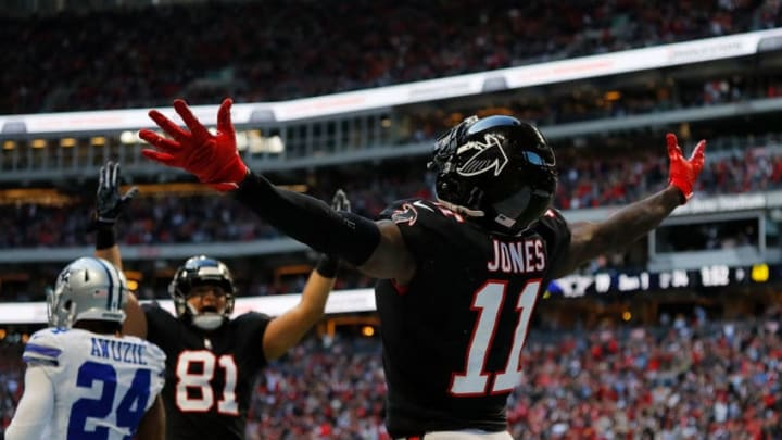ATLANTA, GA - NOVEMBER 18: Julio Jones #11 of the Atlanta Falcons reacts after pulling in a touchdown reception against the Dallas Cowboys at Mercedes-Benz Stadium on November 18, 2018 in Atlanta, Georgia. (Photo by Kevin C. Cox/Getty Images)