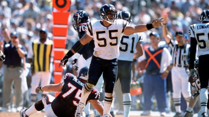 San Diego Chargers Junior Seau in action against the Houston Texans at Qualcomm Stadium in San Diego, California. The San Diego Chargers defeated the Houston Texans 24 to 3. (Photo by Allen Kee/Getty Images)