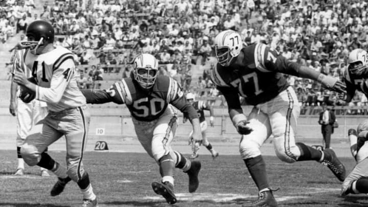 LA Chargers (Photo by Charles Aqua Viva/Getty Images)