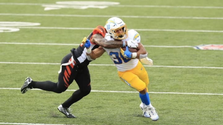 CINCINNATI, OHIO - SEPTEMBER 13: Austin Ekeler #30 of the Los Angeles Chargers runs with the ball against the Cincinnati Bengals during the game at Paul Brown Stadium on September 13, 2020 in Cincinnati, Ohio. (Photo by Andy Lyons/Getty Images)