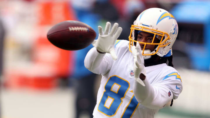 KANSAS CITY, MISSOURI - JANUARY 03: Mike Williams #81 of the Los Angeles Chargers warms up prior to the game against the Kansas City Chiefs at Arrowhead Stadium on January 03, 2021 in Kansas City, Missouri. (Photo by Jamie Squire/Getty Images)