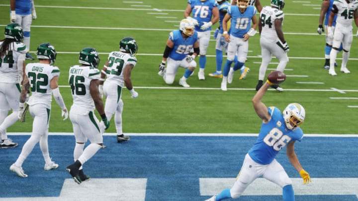 INGLEWOOD, CALIFORNIA - NOVEMBER 22: Hunter Henry #86 of the Los Angeles Chargers spikes the ball after scoring a touchdown during the first half against the New York Jets at SoFi Stadium on November 22, 2020 in Inglewood, California. (Photo by Katelyn Mulcahy/Getty Images)