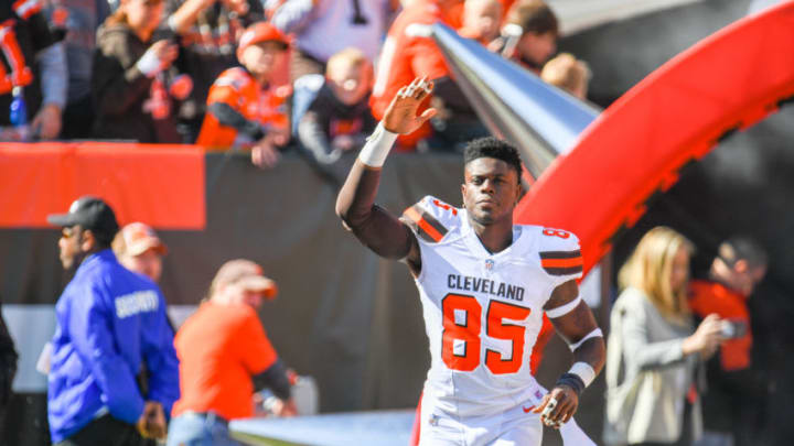 CLEVELAND, OH - OCTOBER 14: David Njoku #85 of the Cleveland Browns runs onto the field during the player introduction prior to the game against the Los Angeles Chargers at FirstEnergy Stadium on October 14, 2018 in Cleveland, Ohio. (Photo by Jason Miller/Getty Images)
