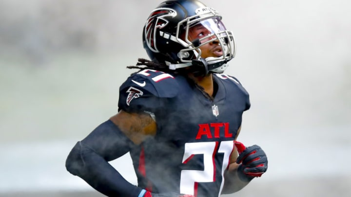 ATLANTA, GA - SEPTEMBER 27: Todd Gurley II #21 of the Atlanta Falcons is introduced prior to an NFL game against the Chicago Bears at Mercedes-Benz Stadium on September 27, 2020 in Atlanta, Georgia. (Photo by Todd Kirkland/Getty Images)