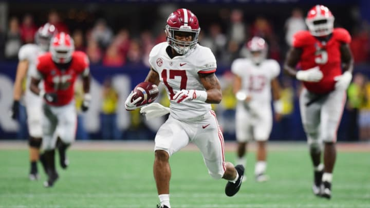 ATLANTA, GA - DECEMBER 01: Jaylen Waddle #17 of the Alabama Crimson Tide runs on his way to scoring a 51-yard touchdown in the third quarter against the Georgia Bulldogs during the 2018 SEC Championship Game at Mercedes-Benz Stadium on December 1, 2018 in Atlanta, Georgia. (Photo by Scott Cunningham/Getty Images)