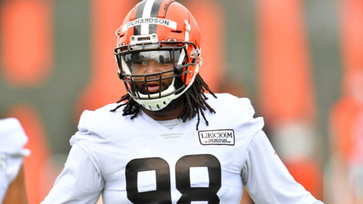 BEREA, OHIO - AUGUST 16: Defensive tackle Sheldon Richardson #98 of the Cleveland Browns works out during training camp at the Browns' training facility on August 16, 2020 in Berea, Ohio. (Photo by Jason Miller/Getty Images)