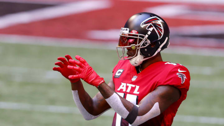 ATLANTA, GEORGIA - OCTOBER 25: Julio Jones #11 of the Atlanta Falcons warms up prior to the game against the Detroit Lions at Mercedes-Benz Stadium on October 25, 2020 in Atlanta, Georgia. (Photo by Kevin C. Cox/Getty Images)