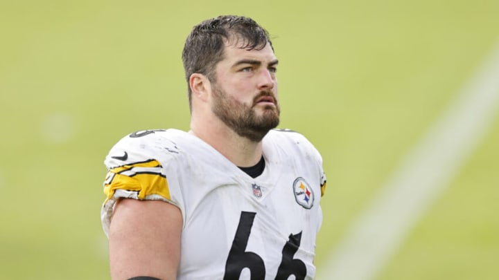 JACKSONVILLE, FLORIDA - NOVEMBER 22: David DeCastro #66 of the Pittsburgh Steelers looks on against the Jacksonville Jaguars at TIAA Bank Field on November 22, 2020 in Jacksonville, Florida. (Photo by Michael Reaves/Getty Images)