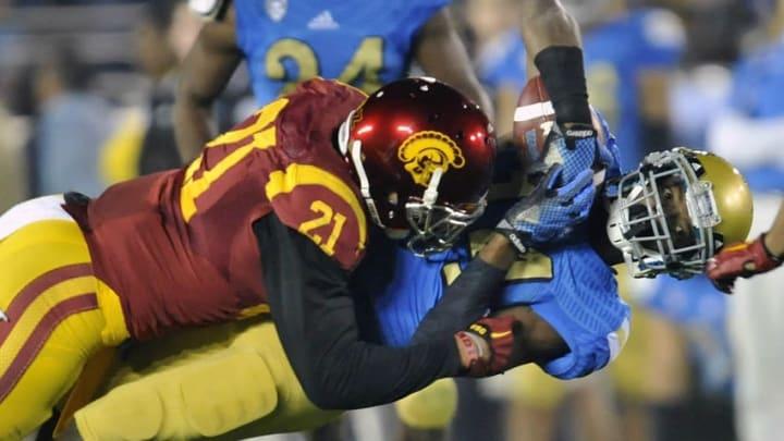 USC linebacker Su'a Cravens.