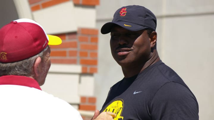 USC running backs coach Tommie Robinson during practice at Howard Jones Field. (Alicia de Artola/Reign of Troy)