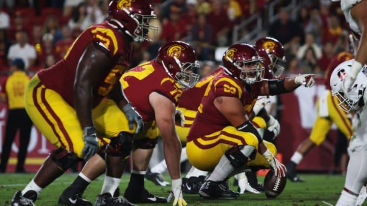 USC football offensive line. (Alicia de Artola/Reign of Troy)