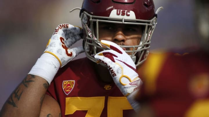 USC football offensive lineman Alijah Vera-Tucker. (Katharine Lotze/Getty Images)