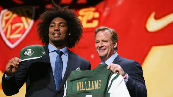 CHICAGO, IL - APRIL 30: Leonard Williams of the USC Trojans holds up a jersey with NFL Commissioner Roger Goodell after being chosen #6 overall by the New York Jets during the first round of the 2015 NFL Draft at the Auditorium Theatre of Roosevelt University on April 30, 2015 in Chicago, Illinois. (Photo by Jonathan Daniel/Getty Images)