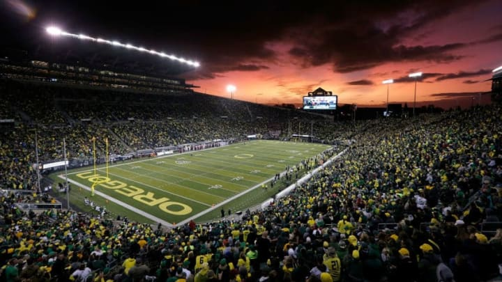 EUGENE, OR - OCTOBER 07: A general view of the stadium during the game between the Washington State Cougars and the Oregon Ducks at Autzen Stadium on October 7, 2017 in Eugene, Oregon. (Photo by Jonathan Ferrey/Getty Images)