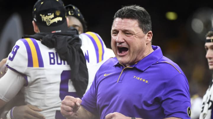 USC football trying to compete with LSU in recruiting.(Justin Tafoya/Getty Images)