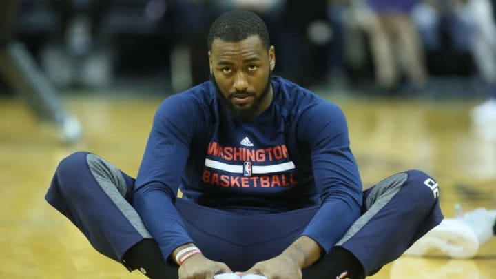 Oct 30, 2016; Memphis, TN, USA; Washington Wizards guard John Wall stretches prior to the game against the Memphis Grizzlies at FedExForum. Mandatory Credit: Nelson Chenault-USA TODAY Sports